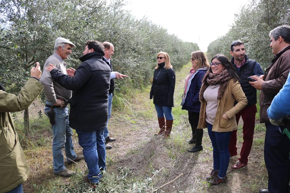 Visita de la consejera de Agricultura de la Embajada de Estados Unidos en España, Rachel Bickford a Cortijo el Puerto